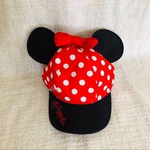 Minnie Mouse polka dot cap